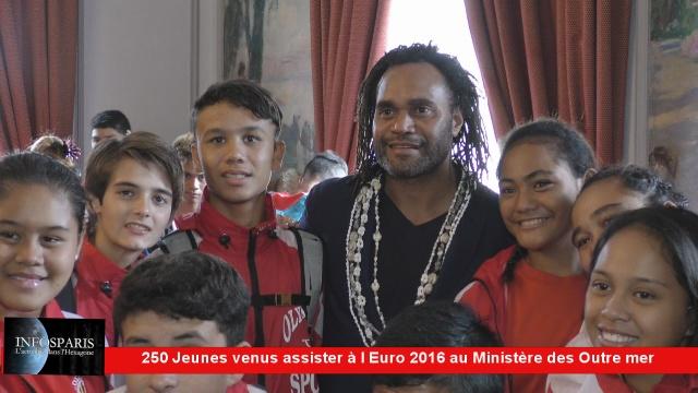 250 jeunes venus pour l Euro 2016 reçus au Ministère des Outremer