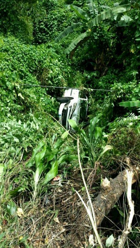 MARTINIQUE. Une voiture tombe dans un ravin à Saint-Joseph