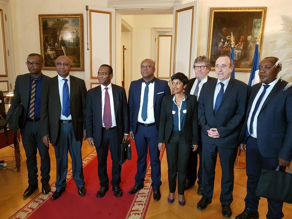 Signature du « Plan eau Mayotte » au ministère des Outre mer