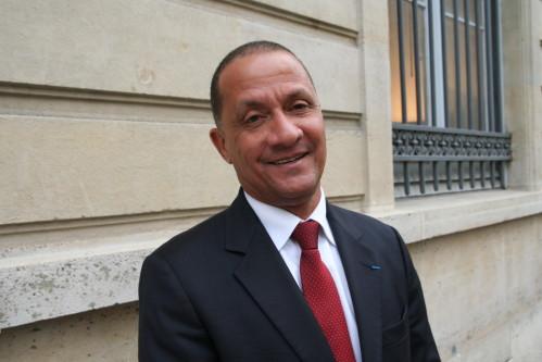 GUYANE CRISE. Rodolphe ALEXANDRE reçoit le Ministre de l 'intérieur et la Ministre des Outre mer