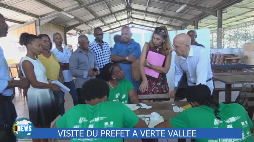 [Vidéo] GUADELMOUPE. Visite du Préfet à Verte Vallée  Vieux habitants