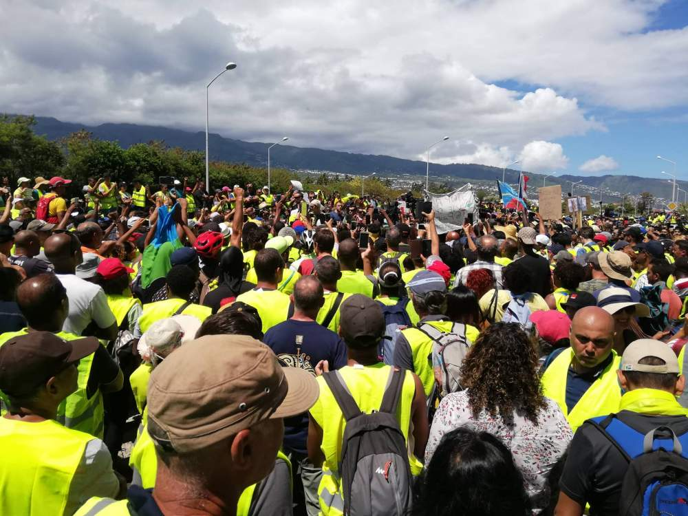 [Vidéo] Réunion. Arrivée de la Ministre des Outre mer (Source Freedom)