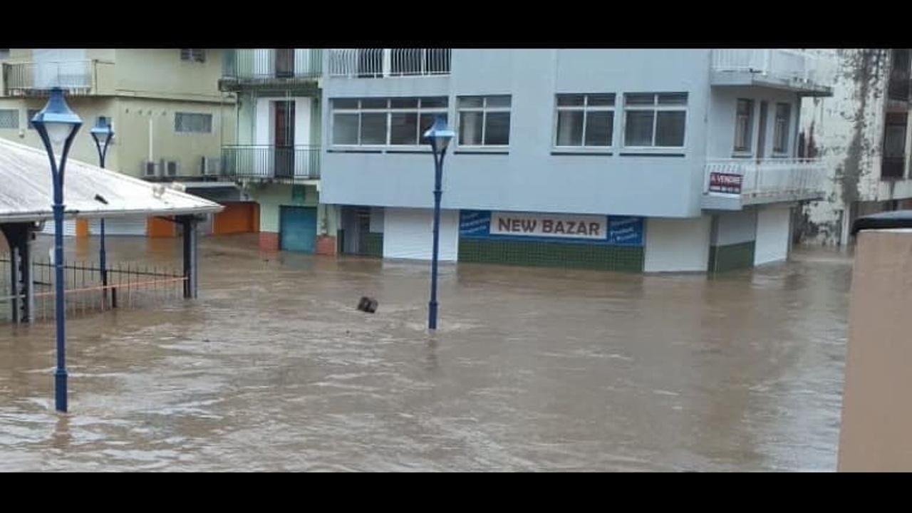 [Vidéo] Martinique. Plusieurs communes sont inondées en raison de fortes pluies (images internautes)
