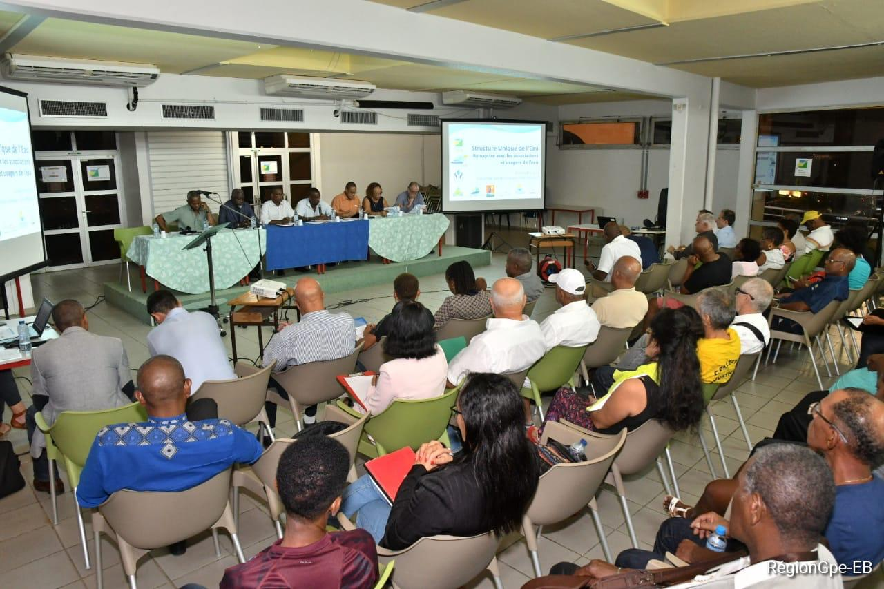 GUADELOUPE.Création d'une structure unique de l'eau : réunion de travail et de concertation