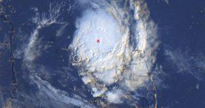 MAYOTTE. En direct avec Kwezi pour suivre l évolution du cyclone BELNA