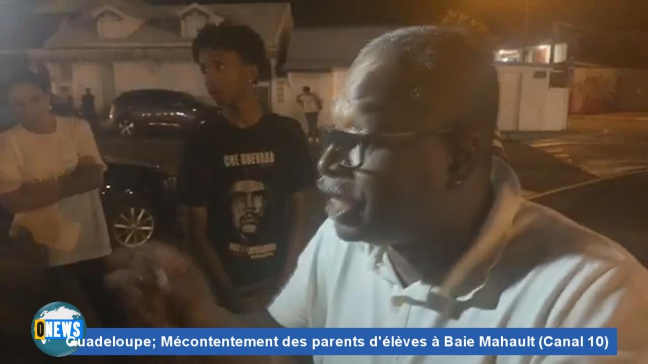 [Vidéo] GUADELOUPE. Mécontentements à Baie Mahault (Canal 10)