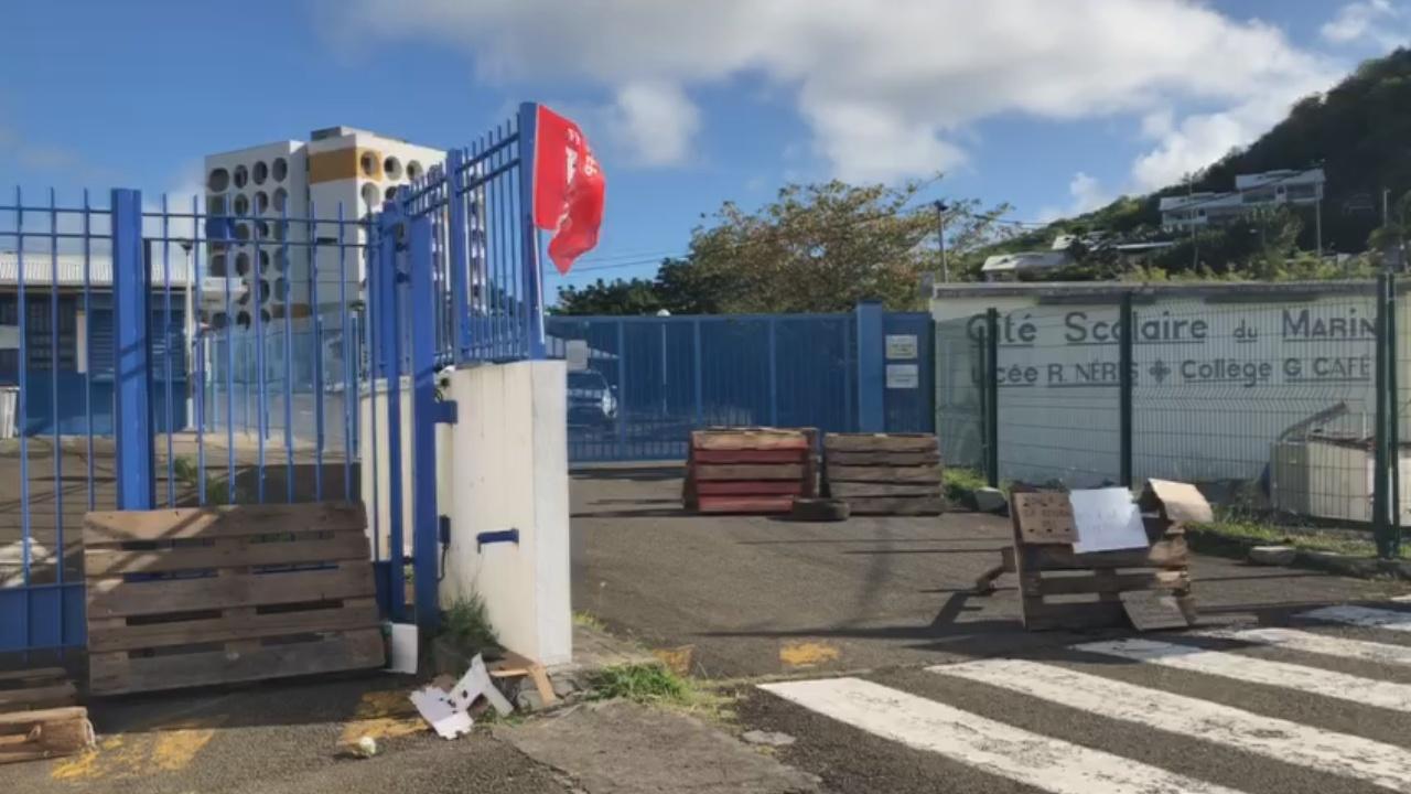 [Vidéo] Onews MARTINIQUE Mouvement de grève au Lycée Raymond NERIS et Collège Gérard Café