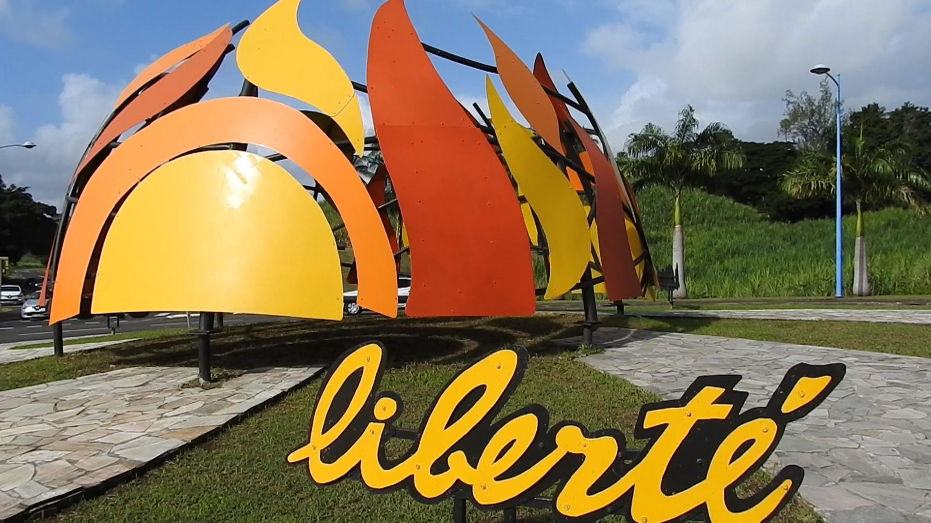 [Vidéo] Martinique. Inauguration à Trinité de l'œuvre monumentale La Flamme de la Liberté