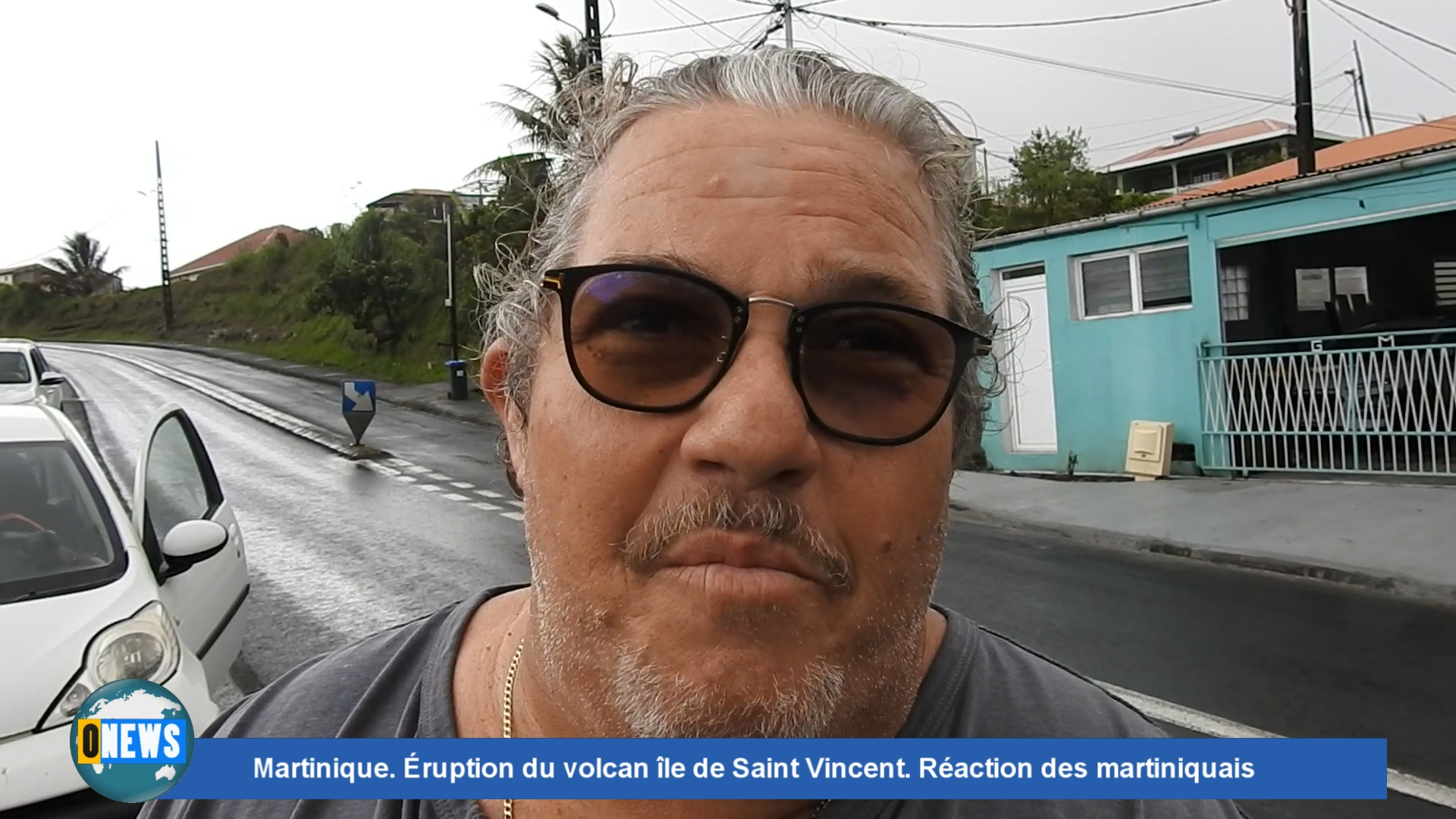 Onews. Réaction de martiniquais suite à l'éruption du volcan la Soufrière volcanique à Saint  Vincent