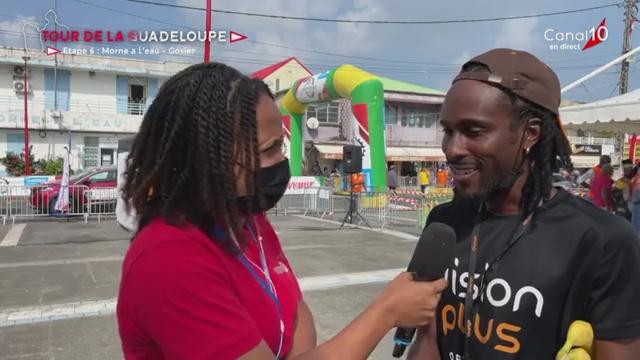 [Vidéo] Guadeloupe. Départ 6ème étape tour cycliste Morne à l'Eau- Gosier